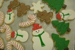 2690 holiday, december, christmas, candy cane, candy canes, gingerbread, gingerbread men, gingerbread people, snowman, snowmen, hats, scarves, red, green, festive, trees, christmas trees, yule