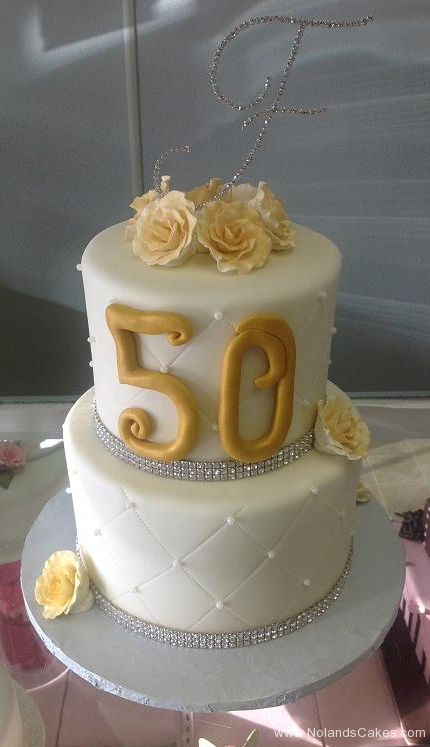 2445, two tier, tiered, 50, 50th anniversary, flowers, gold, white, roses, silver, fiftieth