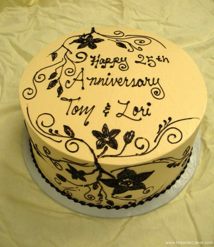 2510, cream, black, flowers, icing, piping, simple, white, tan, 25, twenty fifth, 25th