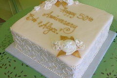 2479, square, white, 50th, fiftieth, gold, white, piping, flowers, roses