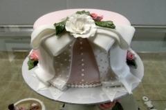 2543, bow, ribbon, layered, roses, glowers, white, pale, pink, purple, elegant