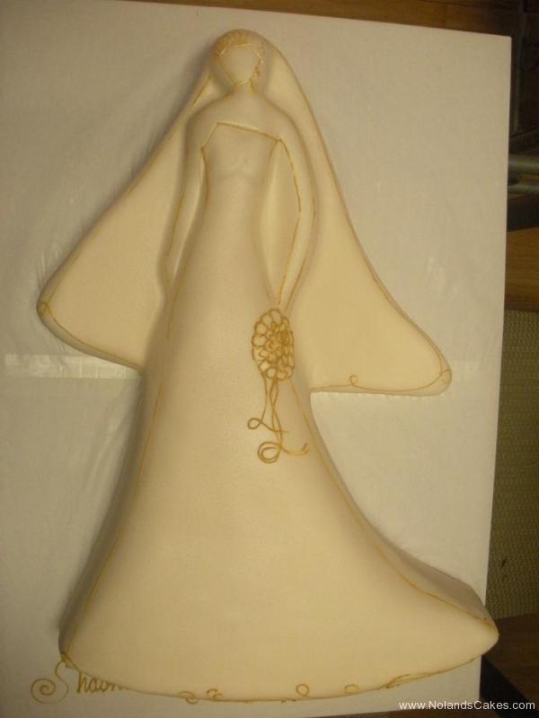 451, carved, bride, white, wedding dress, gold, simple, elegant, veil, angel