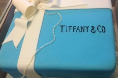 402, box, present, square, gift, ring box, tiffany and co, ribbon, bow, white, blue, pearls