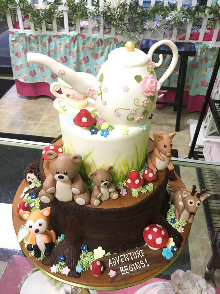 3130, birthday, bear, bears, woodland, flower, flowers, deer, hedgehog, fox, squirrel, teapot, teacup, tiered, figure, figures, white, pink, brown, wood