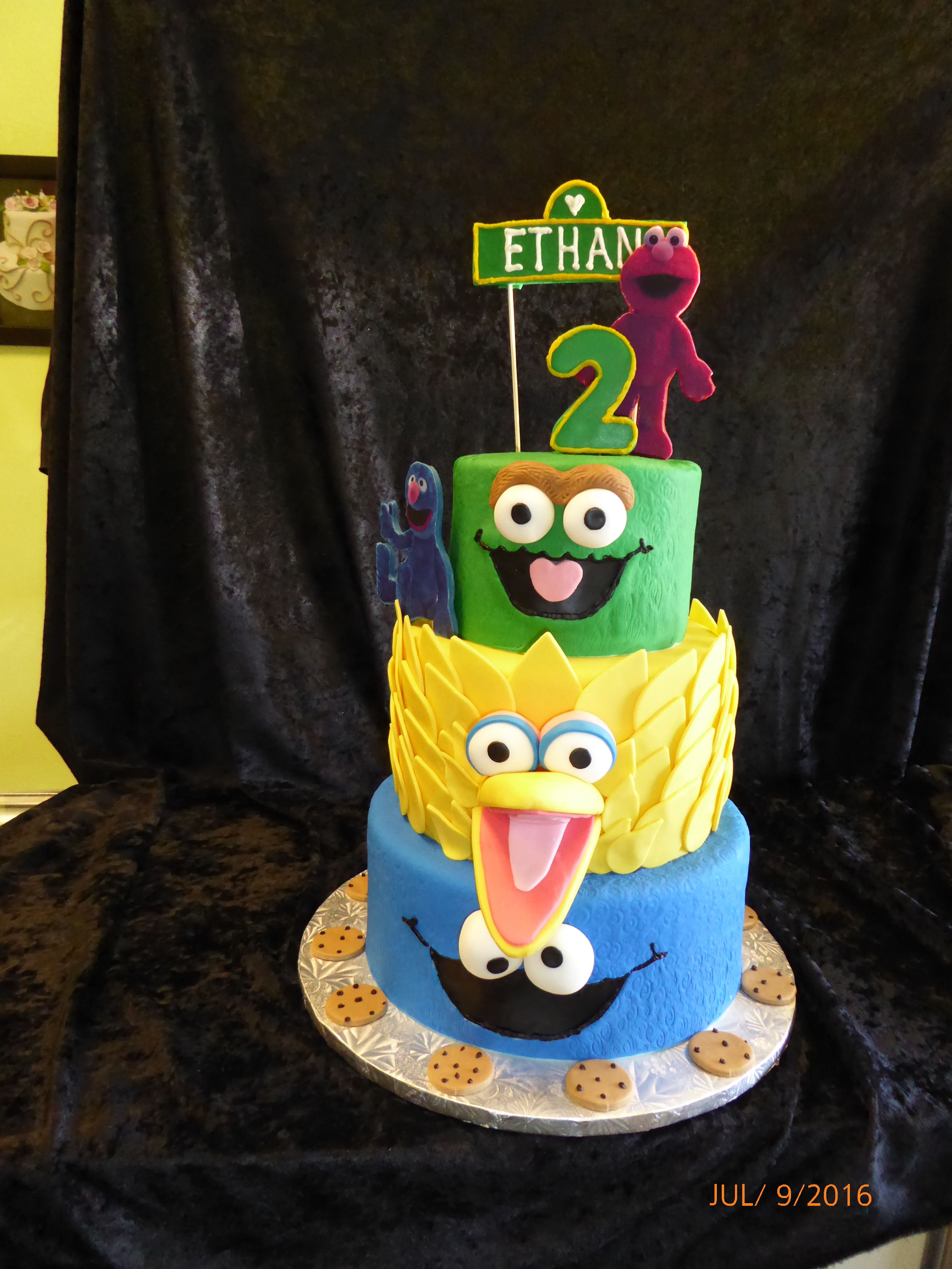 3009, second birthday, 2nd birthday, oscar, big bird, cookie monster, elmo, grover, tiered, green, yellow, blue