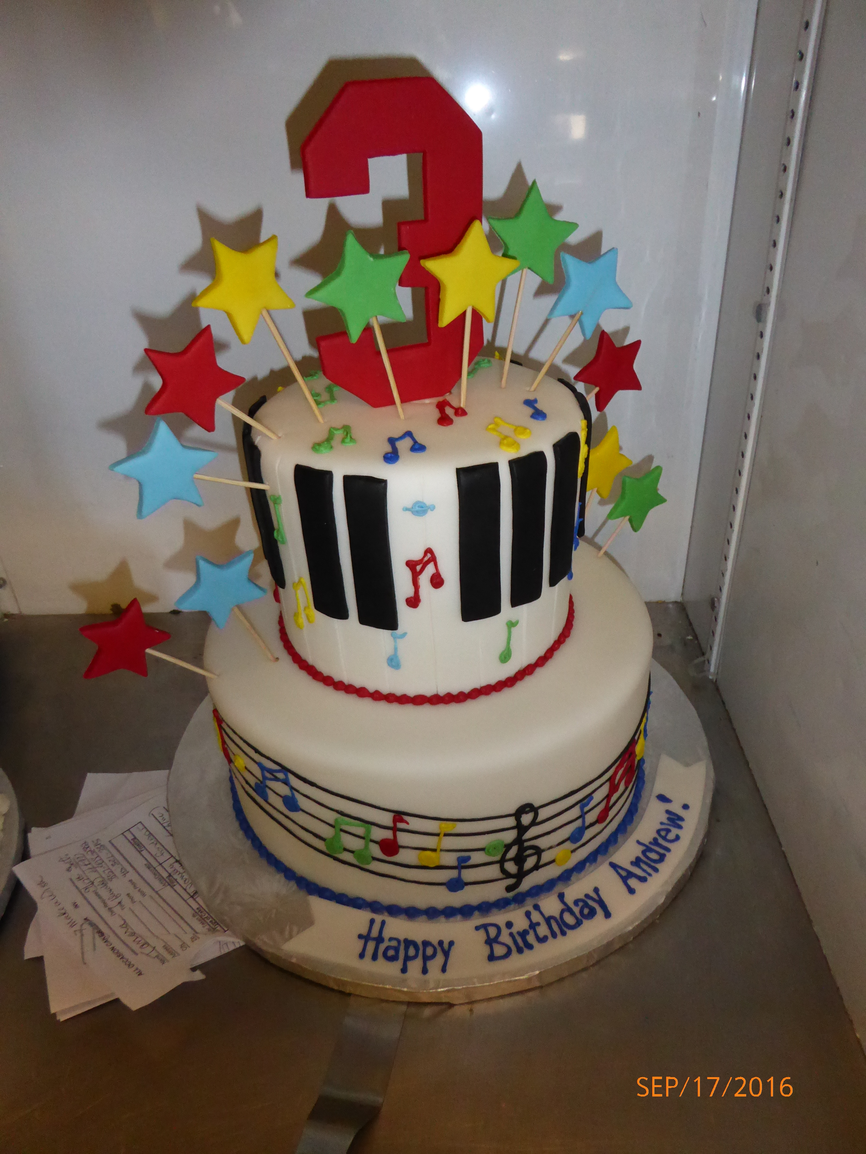 3026, 3rd birthday, third birthday, music, notes, note, piano, star, stars, red, blue, yellow, green, tiered