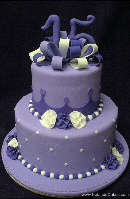 2302, 15th birthday, fifteenth birthday, crown, tiara, purple, white, dot, dots, flower, flowers, bow, bows, tiered