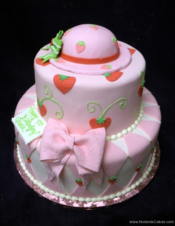 2409, 4th birthday, fourth birthday, strawberry shortcake, bow, bows, strawberries, hat, diamond, diamonds, pink, red, green, tiered