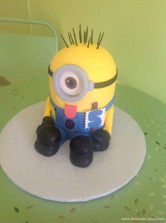 375, 5th birthday, fifth birthday, minion, despicable me, cartoon, carved