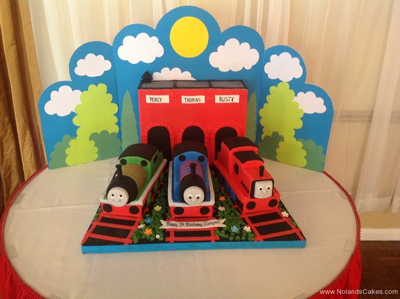 386, 1st birthday, first birthday, train, trains, thomas, thomas the tank engine, red, blue, green, sky, carved