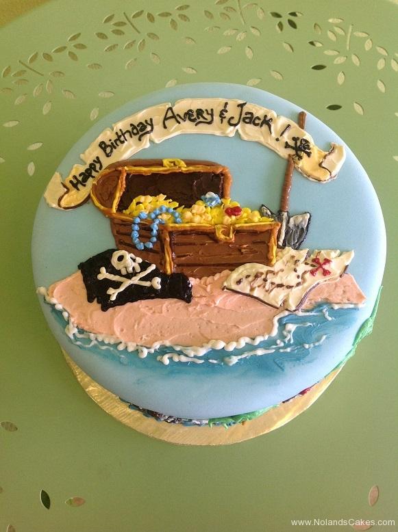 653,  pirates, treasure, treasure chest, ocean, beach, map, gold, treasure hunt, adventure, treasure map, blue,
