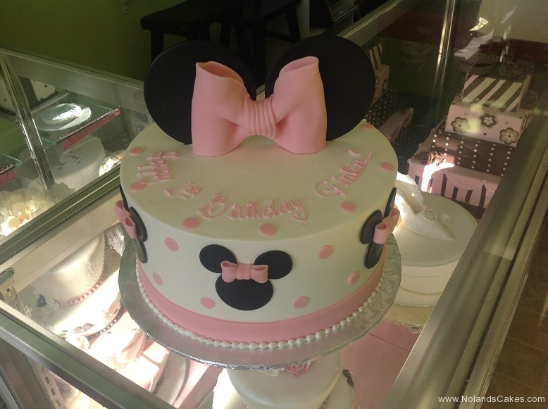 547, 1st birthday, first birthday. minnie mouse, minnie, disney, bow, bows, dot, dots, pink white, black