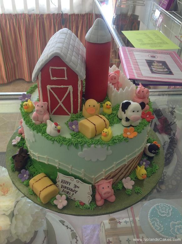1302, thrid birthday, 3rd birthday, barn, barnyard, farm, farmyard, cow, duck, chicken, pig, fence, blue, red, green, grass