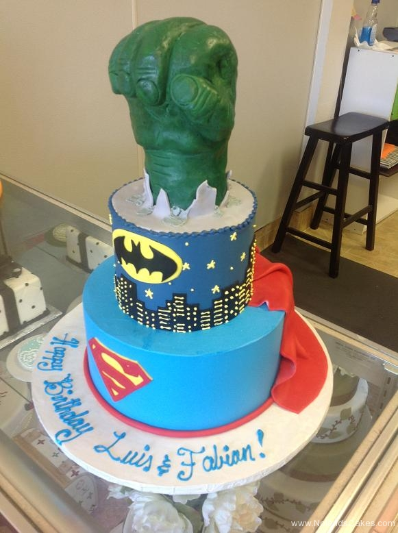 1431, birthday, hulk, batman, superman, dc, marvel, superhero, superheroes, gotham, blue, green, black, tiered, carved