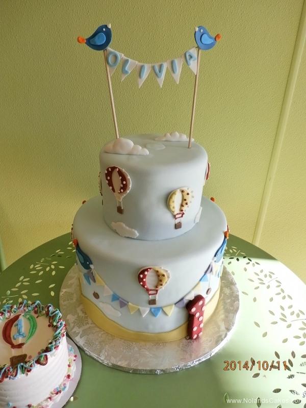 1689, first birthday, 1st birthday, hot air balloons, balloon, blue, bird, birds, sky, clouds, cloud, smash cake
