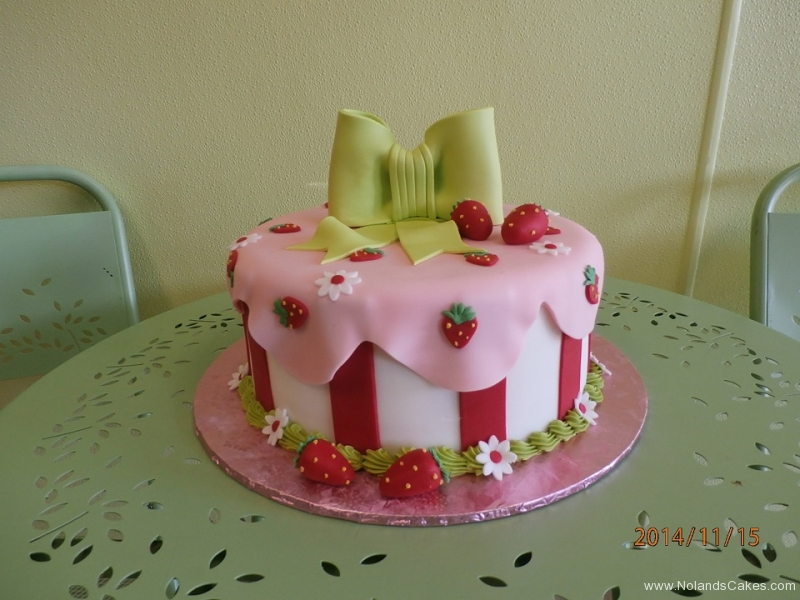1699, birthday, strawberry, strawberries, pink, red, green, white, flower, flowers, bow, bows