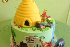 498, first birthday, 1st birthday, pooh, winnie the pooh, disney, tigger, eeyore, piglet, honey,  bee, forest, green, yellow