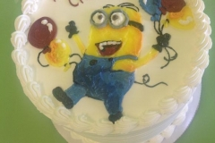 510, 6th birthday, sixth birthday, minion, minions, balloons, balloon, white, blue, red, yellow