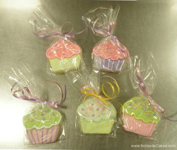 2685, cupcakes, pink, green, purple, pastel, individual, white, cupcake, cake