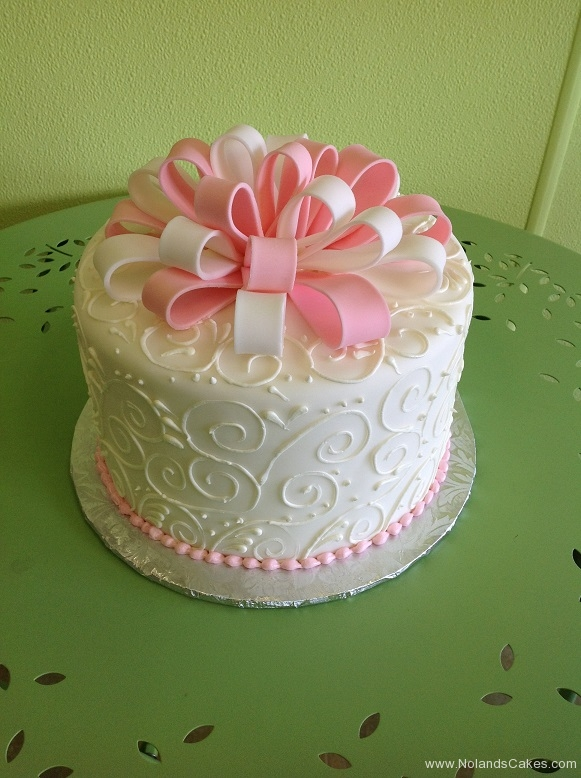 936, white, bow, ribbon, swirls, piping, pink