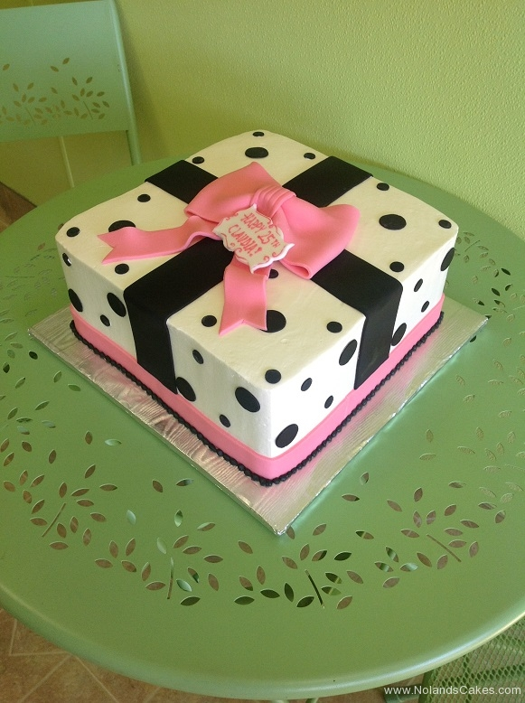 811, black, white, pink, square, polka dots, present, bow, ribbon