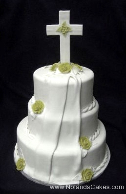 597, white, tiered, three tiered, cross, topper, flowers, roses, green, drape, fold. train, veil, elegant